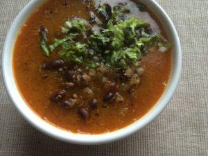 Суп из киноа с фасолью