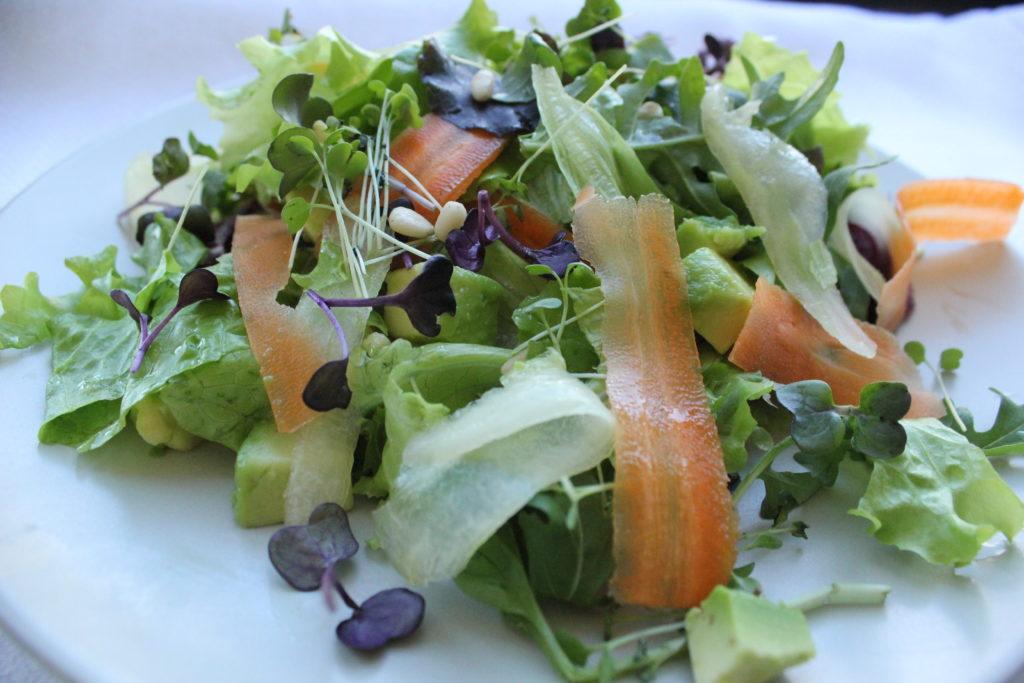 Салат из ростков фото